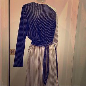 Long Sleeve Vintage Midi Dress